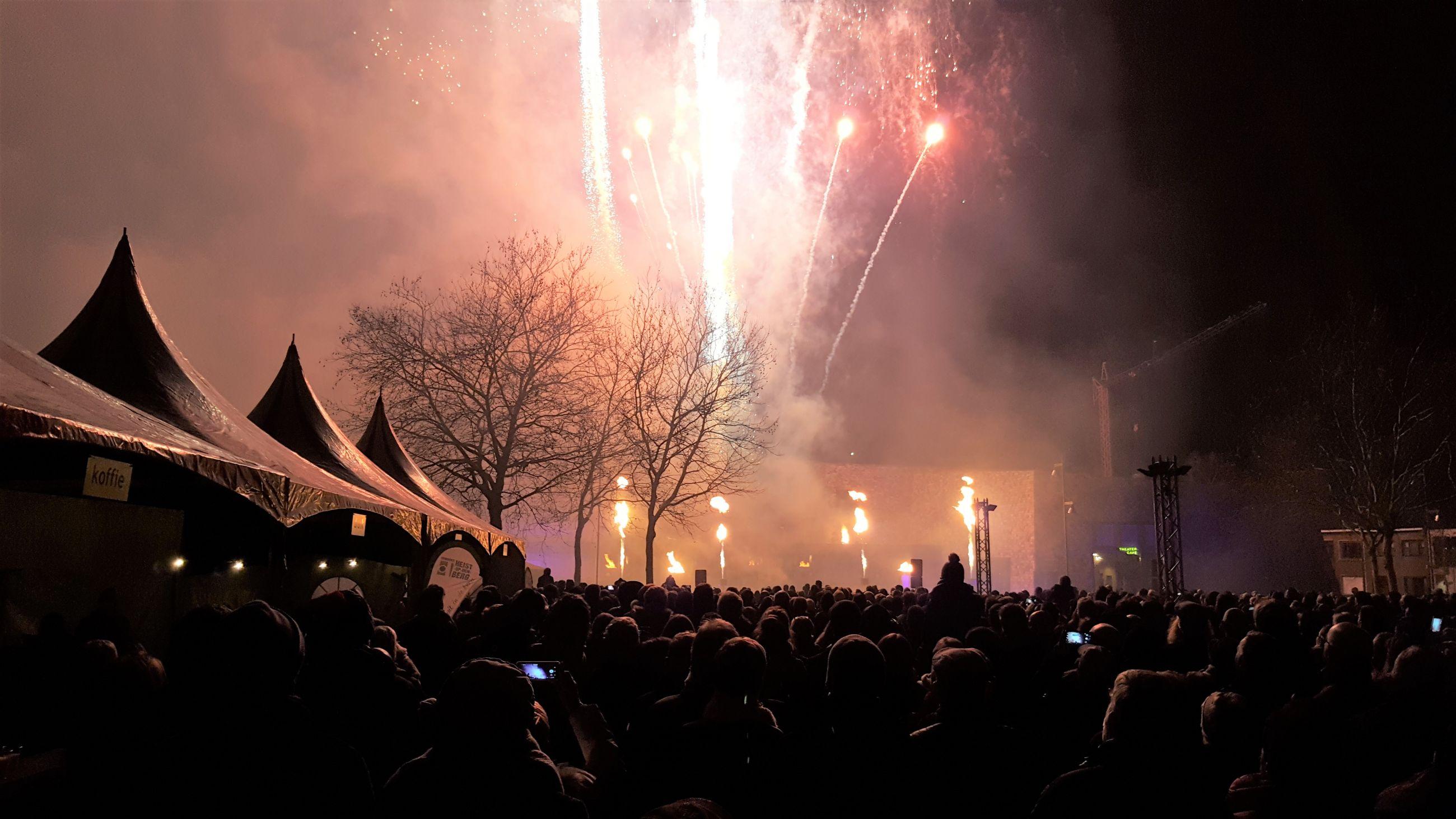 Nieuwjaarsvuurwerk met veel 'vuur', mogelijk ook op eerste gemeenteraad