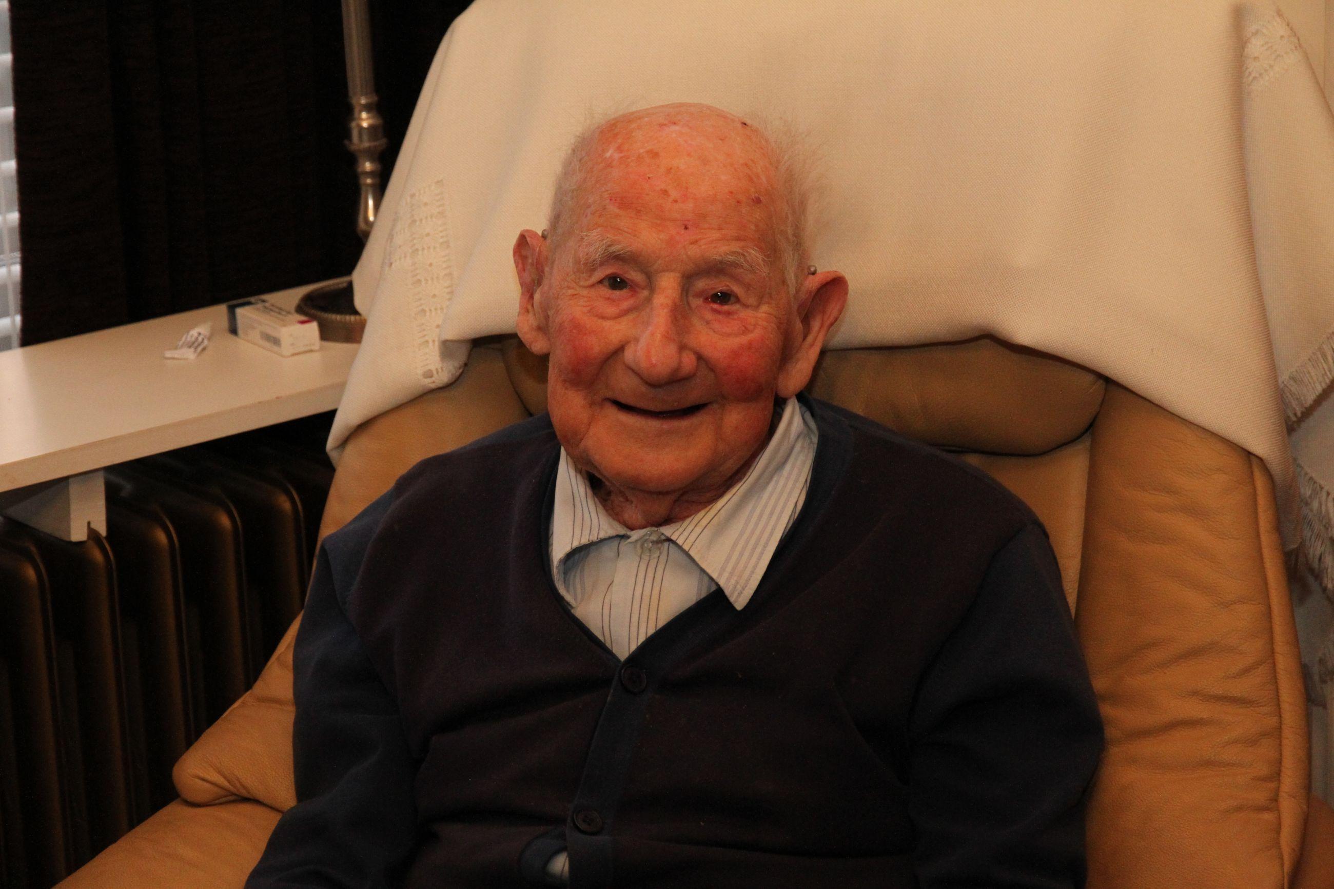 Ouder dan de 100-jarige Huisvestingsmaatschappij