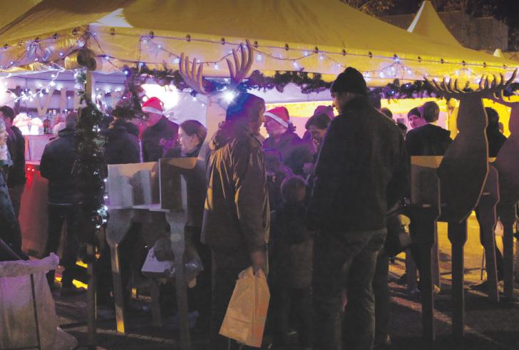 GEZOCHT: Standhouders voor de Kerstmarkt